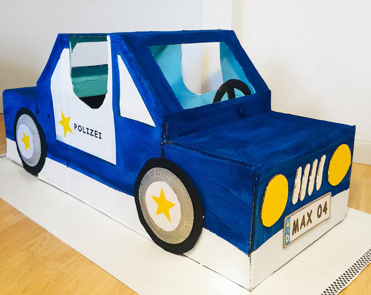 Polizeigeburtstag - Polizei Party - Kindergeburtstag - Polizeiauto aus Karton - Cardboard - DIY - selber basteln