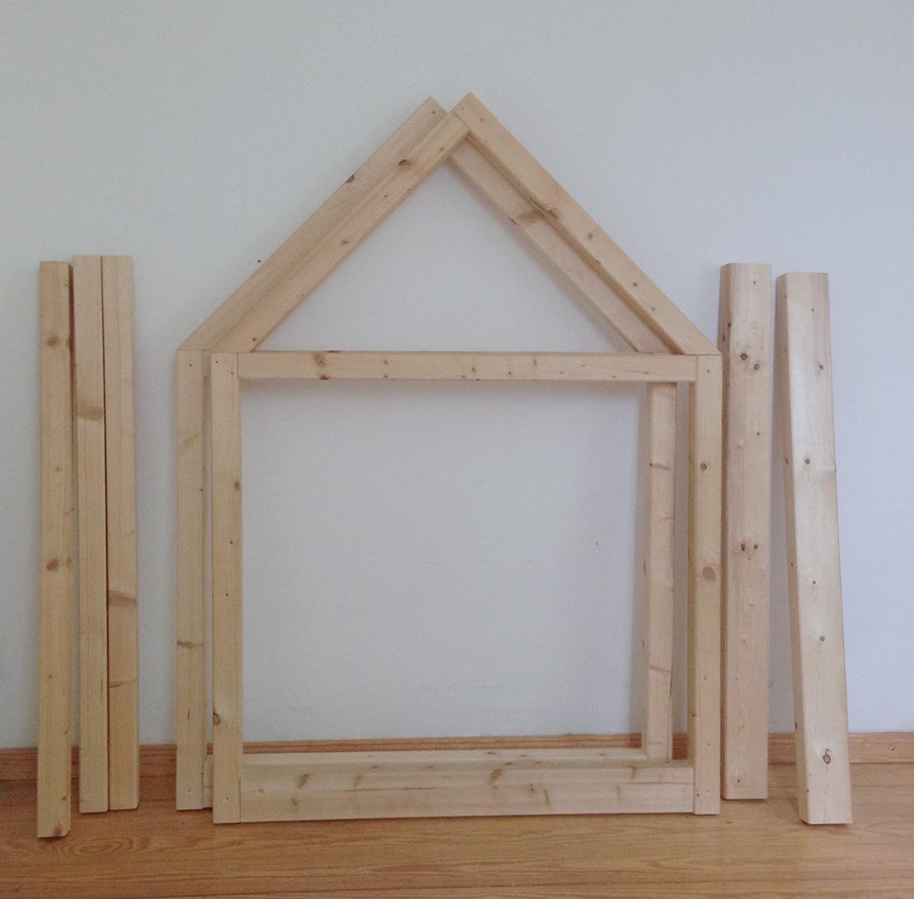 Material für ein Kinder Hausbett - Dachlatten